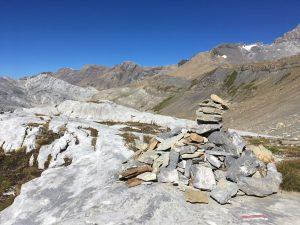 Туры - пирамидки из камней