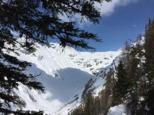 Май, горы, снег